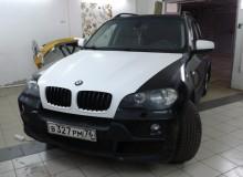 Капот и зеркала в белый карбон на BMW X5