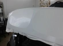 Капот в белый карбон на BMW X5