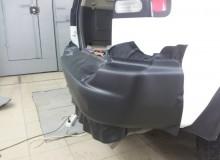 Задний бампер в черный карбон Mitsubishi Mantero