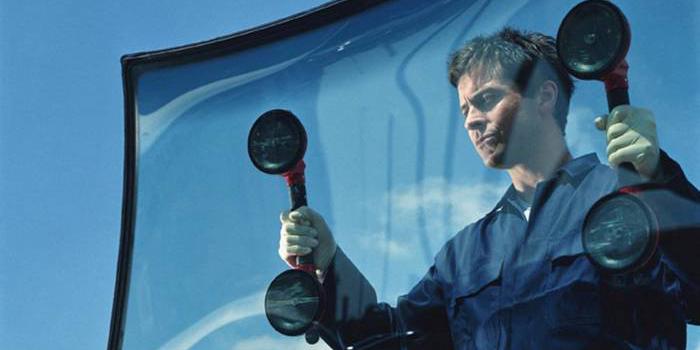 Тонировка стекол автомобиля в Ярославле